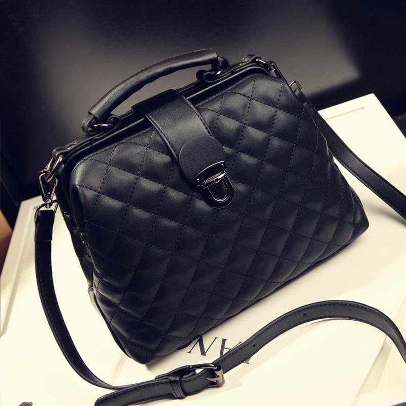 With the new spring and summer 2016 show Lingge Doctor Bag Fashion Ladies Handbag Shoulder Bag Messenger Bag bag bag