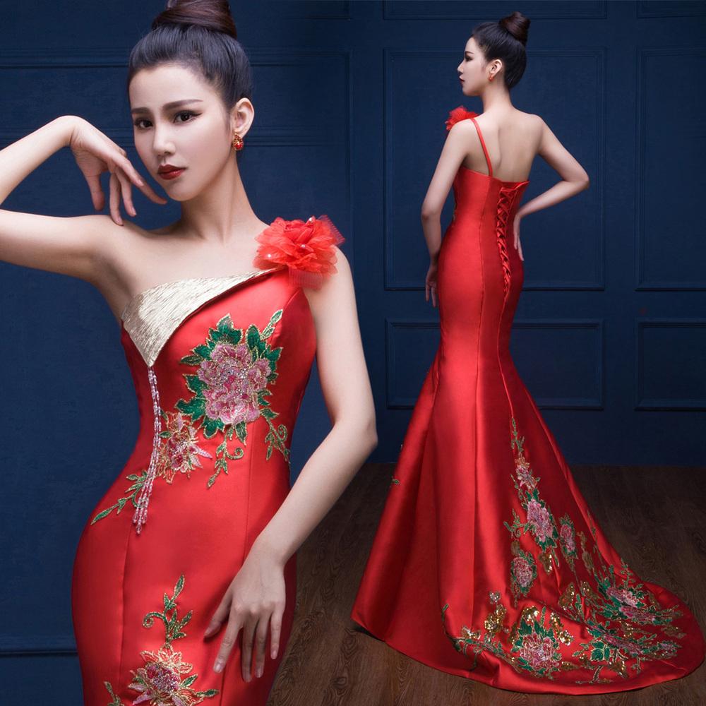 rouge satin robe promotion achetez des rouge satin robe. Black Bedroom Furniture Sets. Home Design Ideas