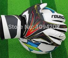 A+++ Hot Sale Brand goalkeeper gloves reusch football goalkeeper gloves finger protection soccer goalie gloves Free Shipping(China (Mainland))