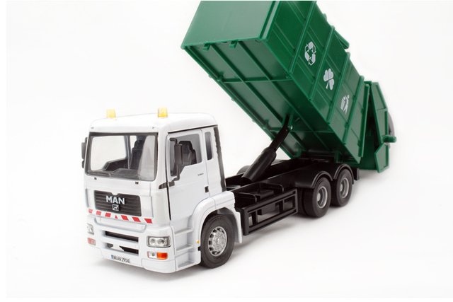 ! 2016  newest ! 1:32 large garbage truck with rubbish bin  alloy car model the best  kids toys block