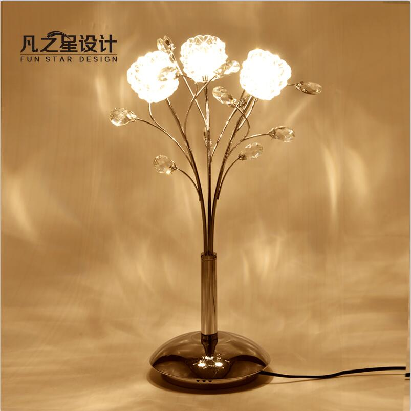 Modern Simple Clear Glass Polished Chrome Iron 3 Lighting Luxury Crystal Art Decor Table Lamp For Wedding Room Parlor(China (Mainland))