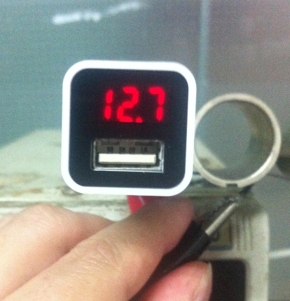 Hot!!!5V/9V/12V usb car charger radio shack High speed Qualcomm 2.0 car quick fast flash charger LED screen mini car charger(China (Mainland))