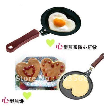A96 Mini Lovely Heart Shaped Egg Pancake Fry Frying Pan Kitchen Non-Stick Cook Pan(China (Mainland))