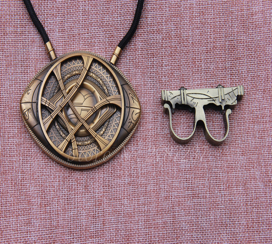Doctor Strange Sling Ring Magic Punk Power Ring the Gate of Time and Space Eye of Agamotto Amulet Movie Cosplay Costume Jewelry(China (Mainland))