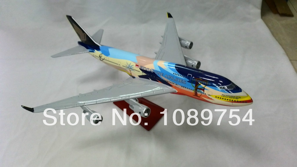 SINGAPORE AIRLINE 747 SPECIAL LIVERY,47cm Resin airplane models free shipping(China (Mainland))