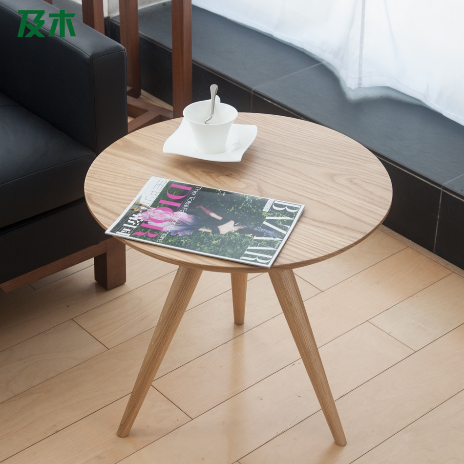 And wood furniture creative modern minimalist scandinavian solid wood side table white oak round Side and coffee tables