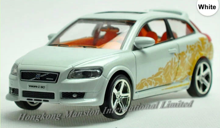 1:32 Scale Alloy Metal Diecast Car Model For Volvo C30 Toy Collection Pull Back With Sound&Light - White / Orange / Red / Black(China (Mainland))