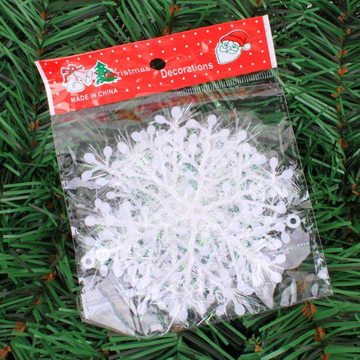 2015 Pretty 20cm snowing christmas tree decoration snowflakes 15g instant snow, 3 Sheet snow christmas supplies snowflake natal(China (Mainland))