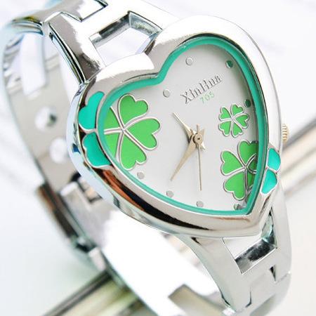 new design steel bracelet quartz movement hook buckle band bracelet watch quartz women watch sport(China (Mainland))