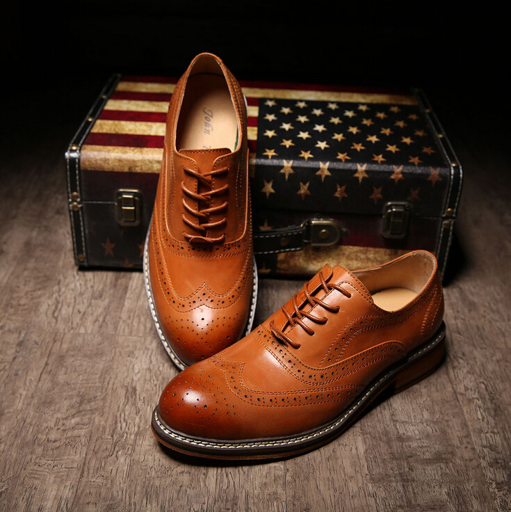 Hot 2015 fashion formal the first layer of leather male leather brockden carved mens groom wedding shoes male leather shoes<br><br>Aliexpress