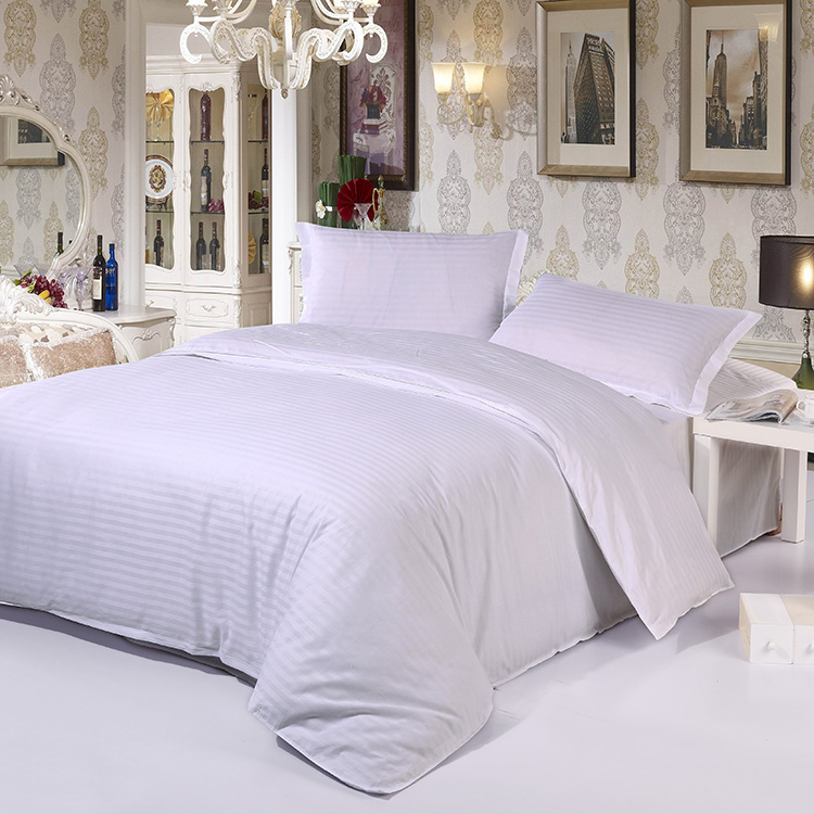 100% Egyptian cotton luxury elegant satin strip white hotel bedding sets bed linen duvet cover set bed set,king/queen/twin size(China (Mainland))