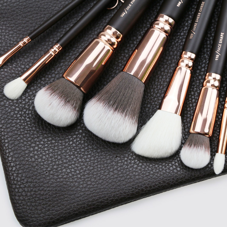Brand Zoeva Rose Gold Makeup Tools Luxious 8pcs Makeup Brushes Cooper Set Fare and Eyes Make Up Kit with  Cosmetic bag <br><br>Aliexpress