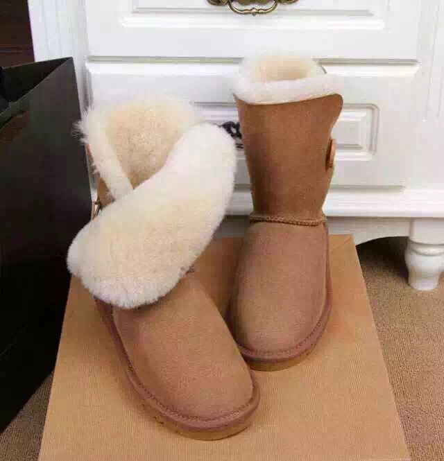 Free shipping AU brand snow boots flat with with the label ug warm boots woman's shoes In-tube boots Fur one Bailey Button(China (Mainland))