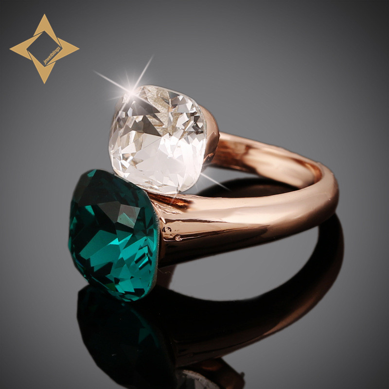 Gorgeous Double Square Bypass Ring in Rose Gold Plated Mount Two Color Clear & Green Stone Cocktail Rings for Women Dinner Party(China (Mainland))