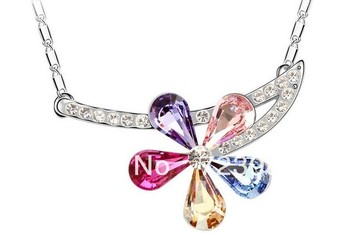 Korea Fashion Crystal Necklace! Luxury Charming Color Folower Pendent Necklace Free shipping