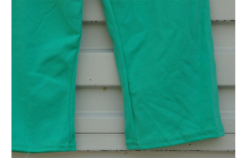 Скидки на 2016 Завод Продает Девушки Бутик Одежда Набор Рукавов многослойные Белое Кружево Зеленый Капри Девочка Комплект Одежды DX002