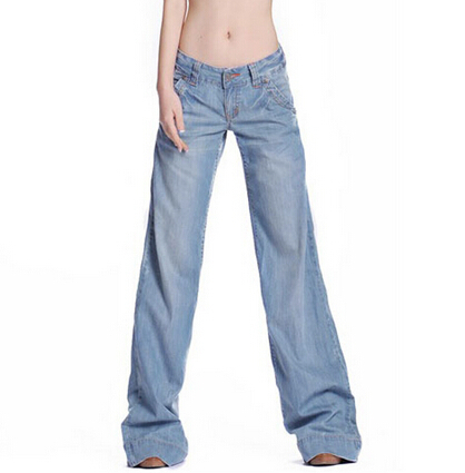 Fashionable women's plus size jeans like these flattering bootcuts from Gloria Vanderbilt ensure you can step out with grace and feel confident and classy. And if you need hip-hugging dark fabrics that are guaranteed to last a lifetime without ripping or fading, our selection of plus size pants will match your heart's desire to a tee.
