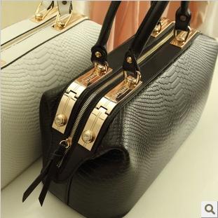 free shipping 2015 women's handbag vintage ol work bag crocodile pattern handbag doctor bag shaping bag