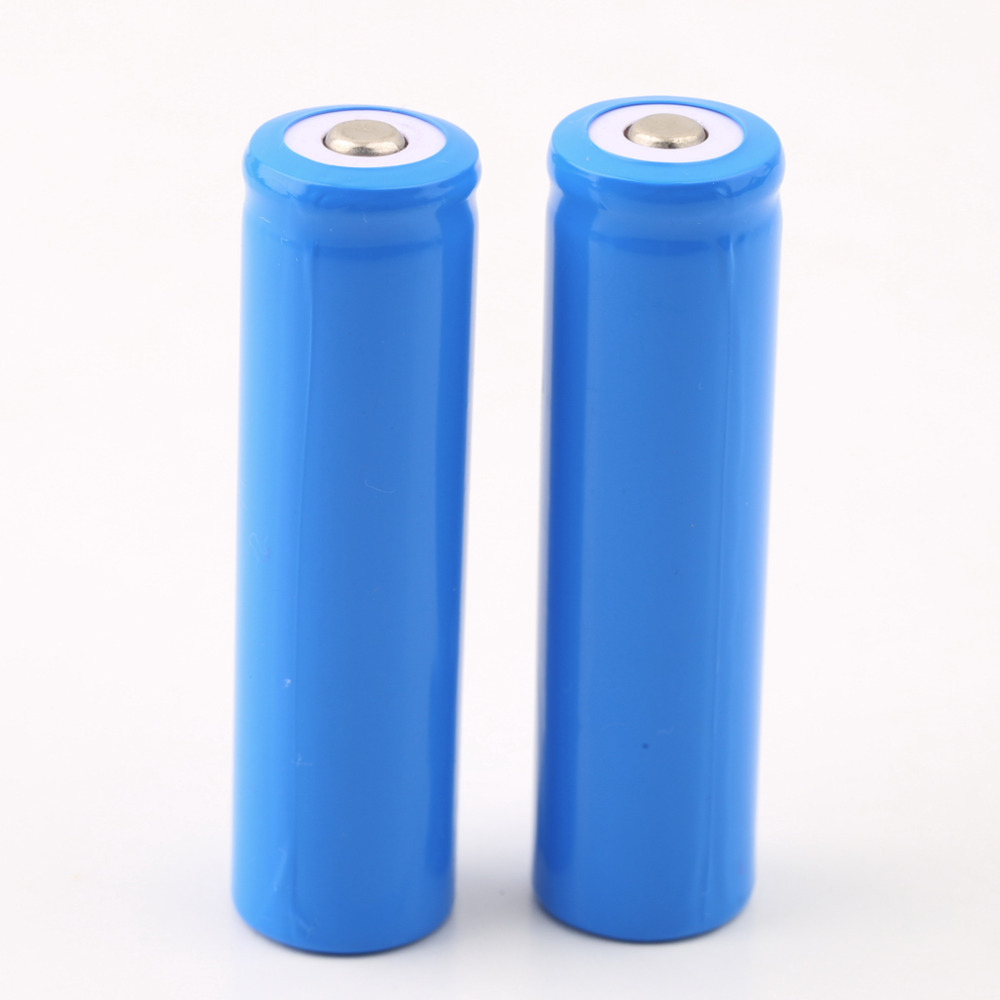 Professional 4 PCS lot 18650 3 7V Li ion lithium Rechargeable Battery 5000mAh for LED Torch