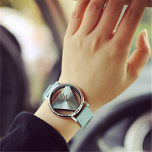 2016 Hot 1 PCS Triangle Hollow Leather Band Stainless Steel Sport Analog Quartz Women Mens Wrist