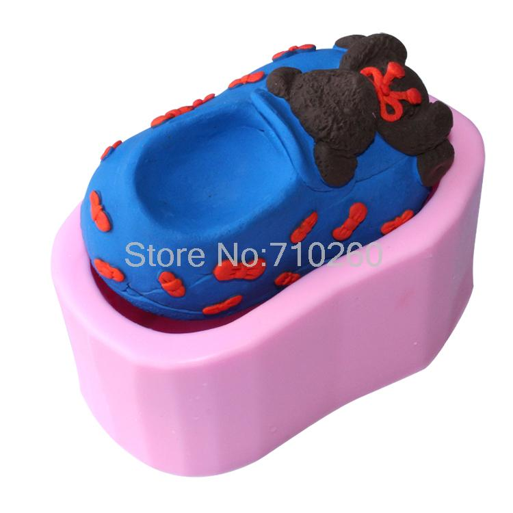 Free shipping 3D Bear Shoes Shape Silicone Bakeware Cooking Tools Chocolate Mould Cake Decoration Mold Kitchen Accessories G143(China (Mainland))