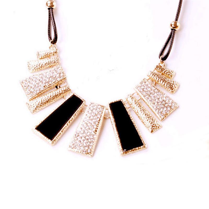 Панк стиль европейский преувеличены кристалл черный квадрат колье коренастый заявление нагрудник ожерелье шарм ювелирных изделий для женщин
