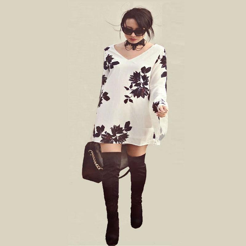 Hot sale V-neck Women Printing Splice White A word Speaker sleeve Loose printing Temperament Noble Elegant women dress(China (Mainland))