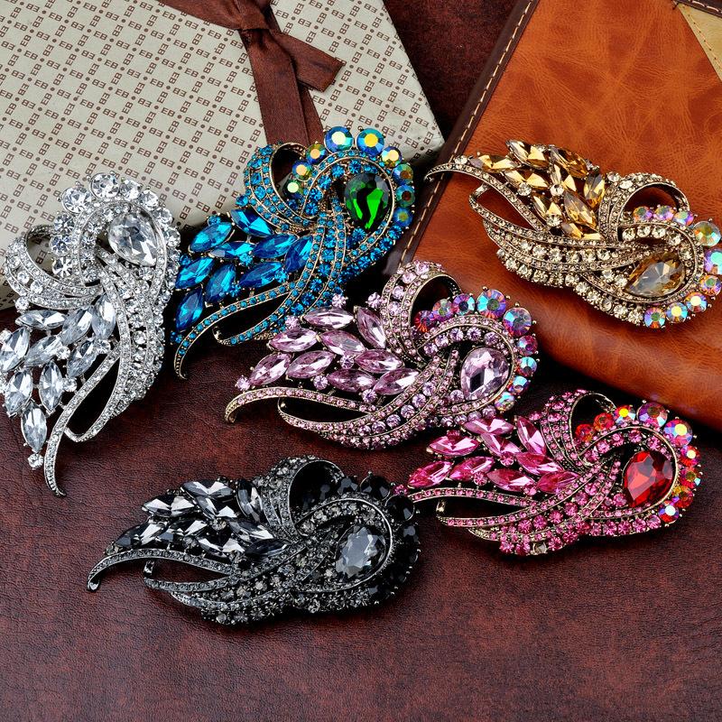 2015 HOT Fashion Glass Brooch Blue Hole Rhinestone Classic Big Glass Crystal Acryl Wedding Brooch For Women  BRO20141110_2(China (Mainland))