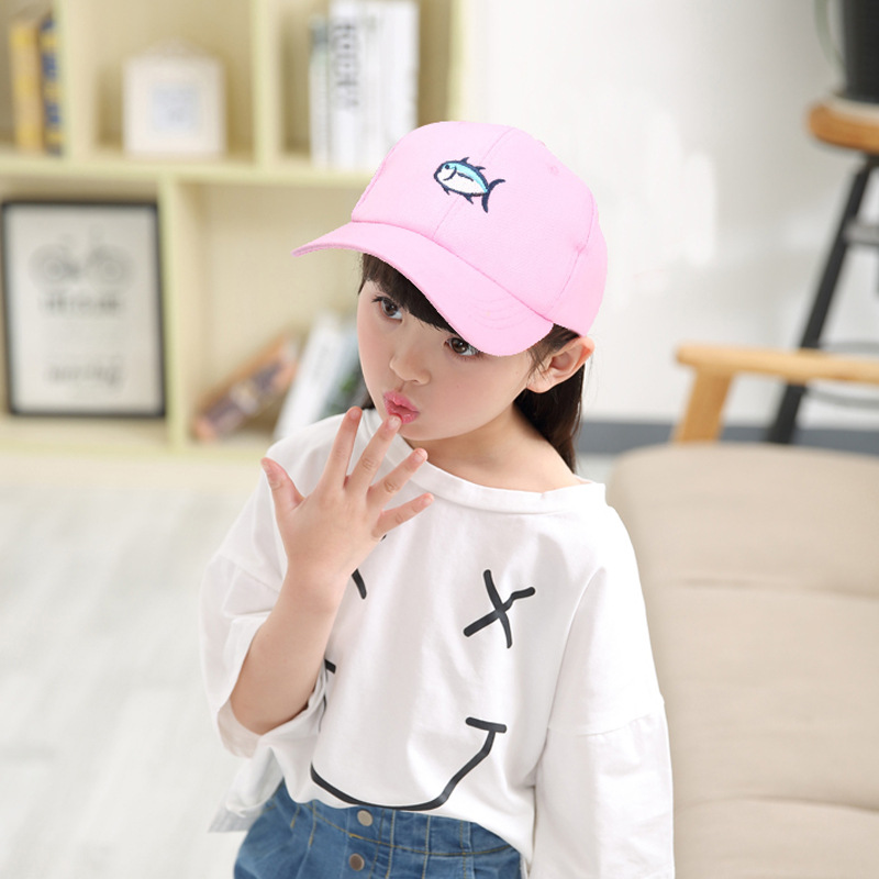 Free Shipping 2016 New Kids Child Lovely Black Pink Blue Color Fish Embroidered Baseball Cap For Girls Boys 3-6 Year(China (Mainland))