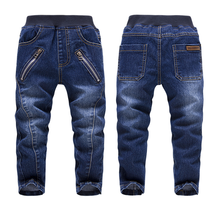 Boys' jeans feature a durable cotton twill textile that's ideal for any season. Whether boys are exploring the outdoors during spring and summer or bundling up in the cooler months, the diagonal weft thread weave used to make denim fabric lasts a long time.