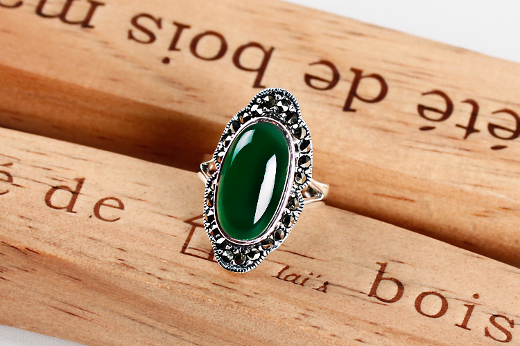 925 silver green chalcedony gem agate ring lady food ring retro folk style silver jewelry personality<br><br>Aliexpress