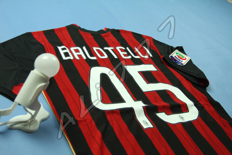 Retail & Wholesale Italie League A C Milan 13 14 Football Shirt # 45 BALOTELLI Home Soccer Jersey For Man Real Quality Thai(China (Mainland))