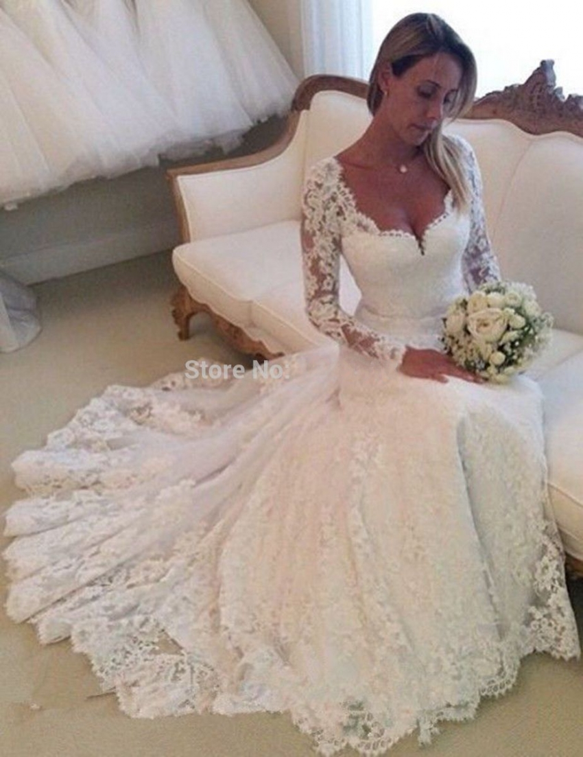 2015 vintage tulle elegant long sleeve lace wedding dress for Elegant long sleeve wedding dresses