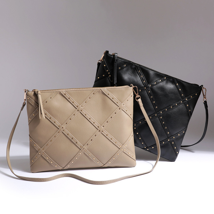 AC532 cozy casual Quilted thread bicolor geometric Faux Leather sling bag crossbody bag messenger bag(China (Mainland))