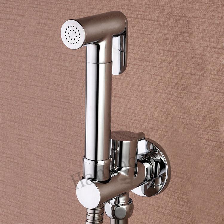 Toilet Brass Hand Held Bidet Spray Shower Head Douche Kit Shatta Copper Valve Bathroom Bidet sprayer Jet Tap & Holder & hose(China (Mainland))