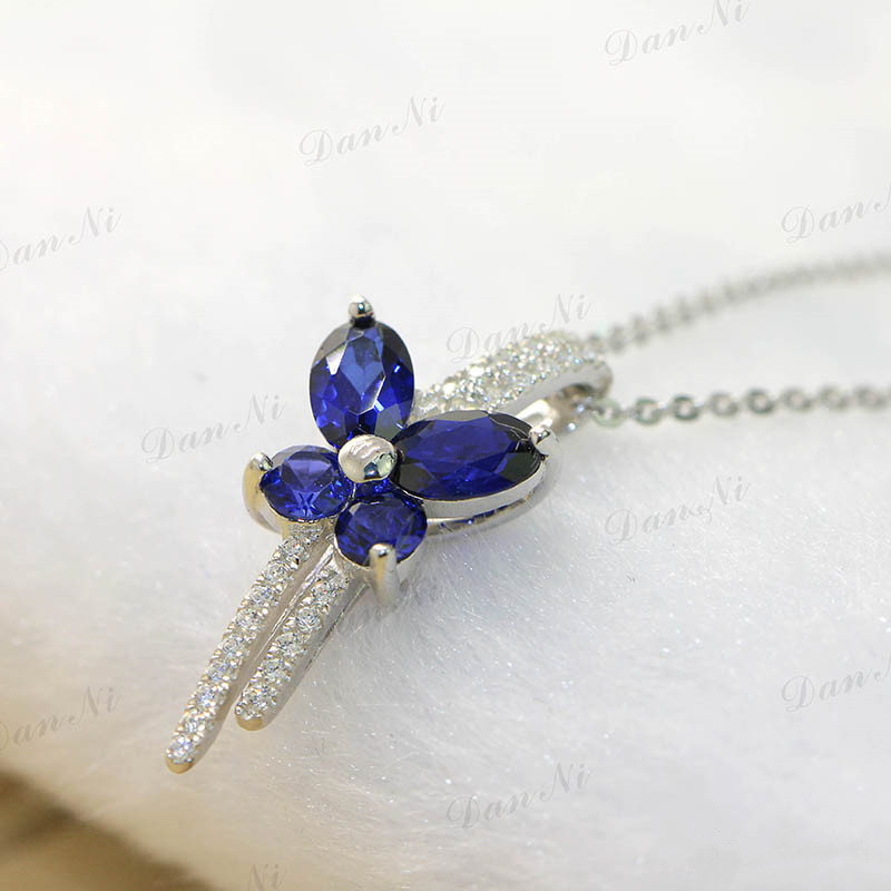 Romantic blue Butterfly Shape Sterling Silver Platinum plating necklaces & pendants Setting made with 2 carat Sapphire jewelry(China (Mainland))