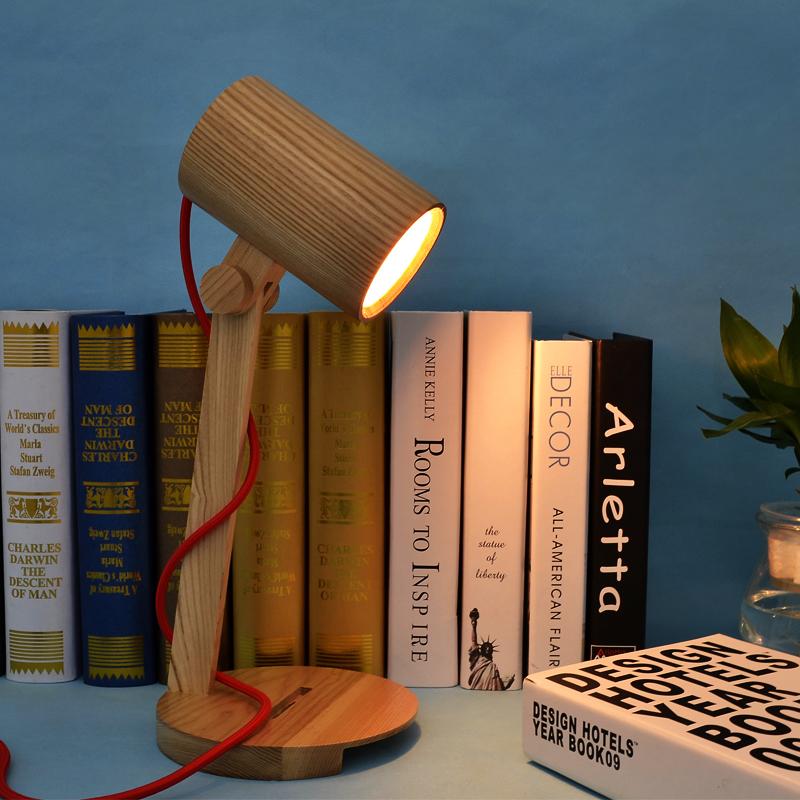 Vintage Solid Wood Table Lamp Bedroom Study Decorated Antique LED Desk lamp Bedside Light(China (Mainland))