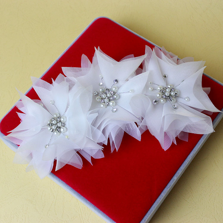 The New Bride Wedding Headdress Flower White Pearl Crystal Makeup Styling Bride Handmade Jewelry Xa28(China (Mainland))