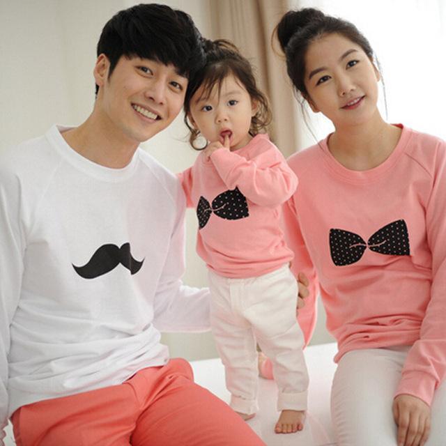 Семья соответствующие рубашки соответствия мать дочь одежда хлопок луки печать для ...