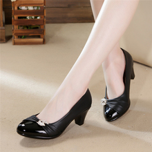 2016 Spring Summer Women Pumps Genuine Leather Low Heel Women Office Shoes Rhinestone Black High Heels
