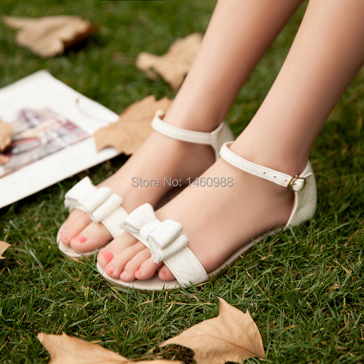 Fashion Flat Lady Leather Sandals, Women Casual Shoes Ankle Wrap(China (Mainland))
