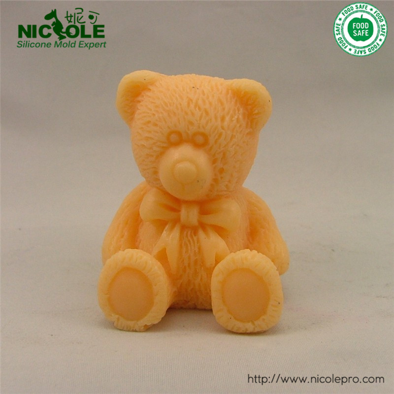 Silicone 3D Cute Bear Silicone Rubber Molds Decorative Soap Mold Resin,Chocolate Crafts Mould Free Shipping(China (Mainland))