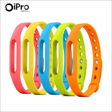 New 2016 Colorful Silicone Xiao mi Wrist Band Bracelet Wrist Strap For Xiaomi Miband Mi band 1 & 1S Smart Band