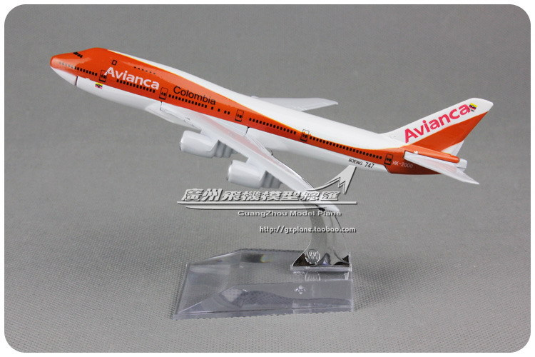 16cm Alloy Metal Columbia Air Avianca Airlines Airplane Model Boeing 747 B747 200 HK-2000 Airways Plane Model Diecast Toy(China (Mainland))