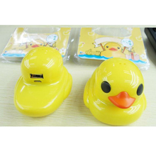Rubber Duck 5600mAh Power Bank Portable Charger cutely cartoon Pocket Rechargeable External Battery Pack WIth Retail box(China (Mainland))