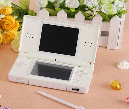 Original handheld game player Double touch screen suooprt wifi Dual card slot Can play pocket 2 Movies and music free shipping(China (Mainland))