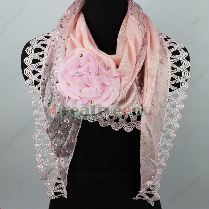 Fashion3D Flower Embroidery Flower&Heart Pattern With Shiny Sequins Stitching Knit Triangle Scarf Shawl Wrap Lace Trim New(China (Mainland))