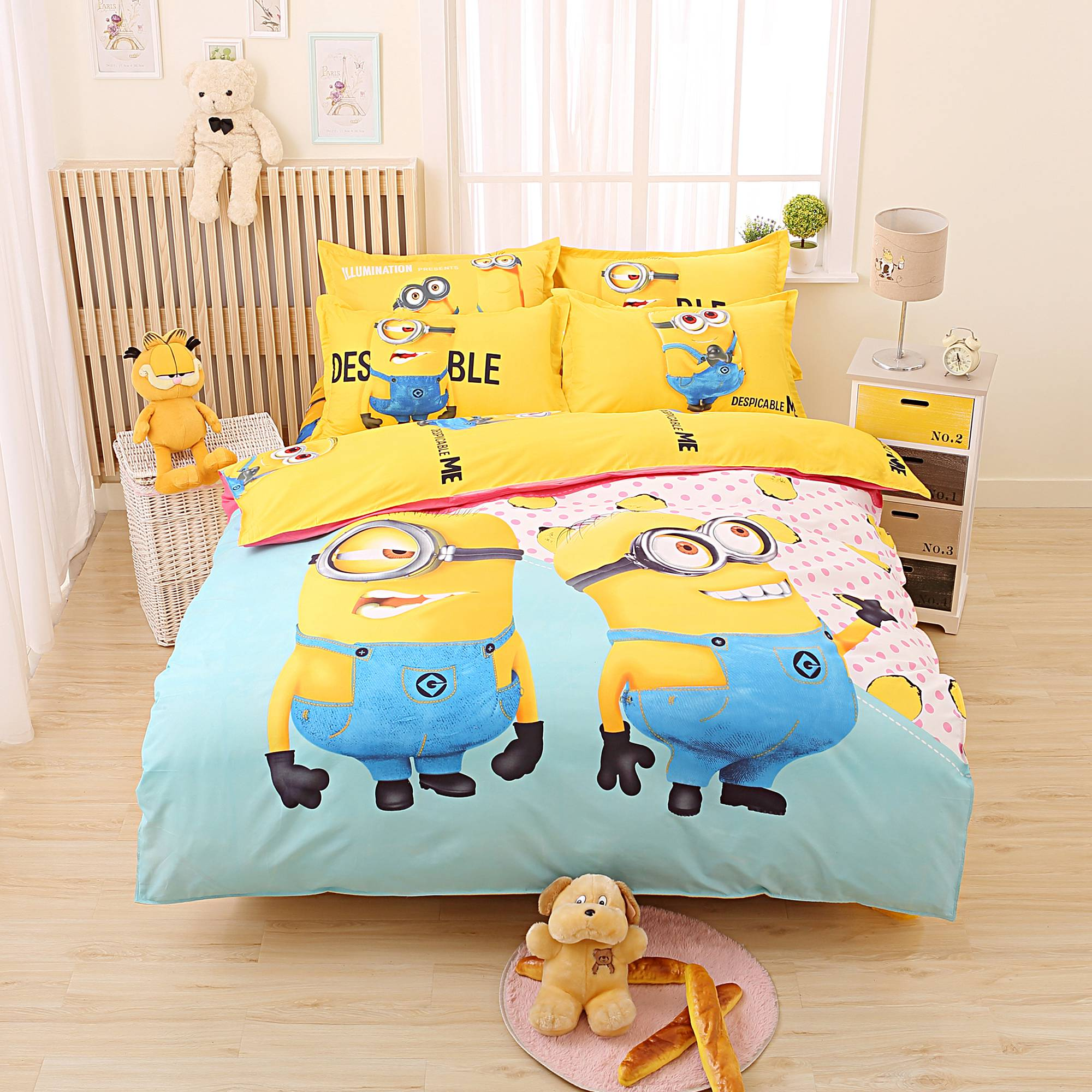 Cartoon 3d Minions Bedding Set Despicable Me 2 Hello Kitty Bed Linen for Kids 4pcs Bedding Duvet Cover Set with Sheet Pillowcase(China (Mainland))