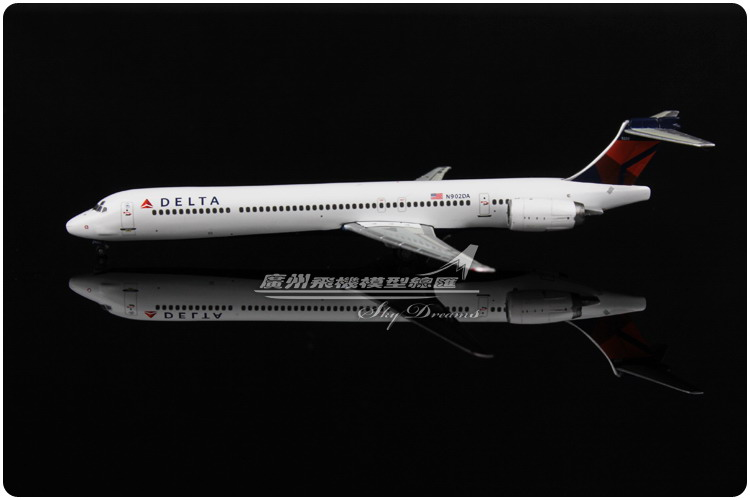 11.6cm 1:400 Air American Delta MD-90 N902DA Airlines Airways Airplane Model Plane Model Toy Collections Gift(China (Mainland))