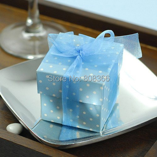 Newest Baby Shower Favor Box of Polka Dot 2 Piece Square Baby Gift Box For baby Party favor and candy box Wedding favor box(China (Mainland))